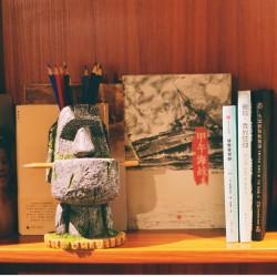 Portrait Flower Pot Moai Stone Statue Pen Holder